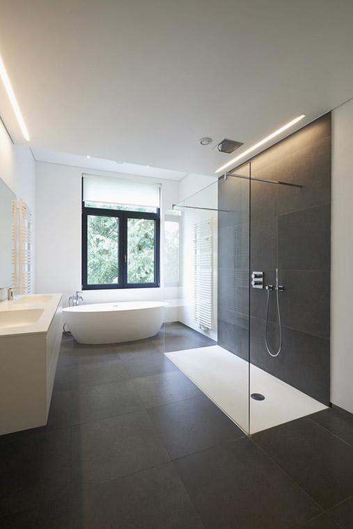 Neues Bad von Meisterbetrieb Malek in Strasskirchen